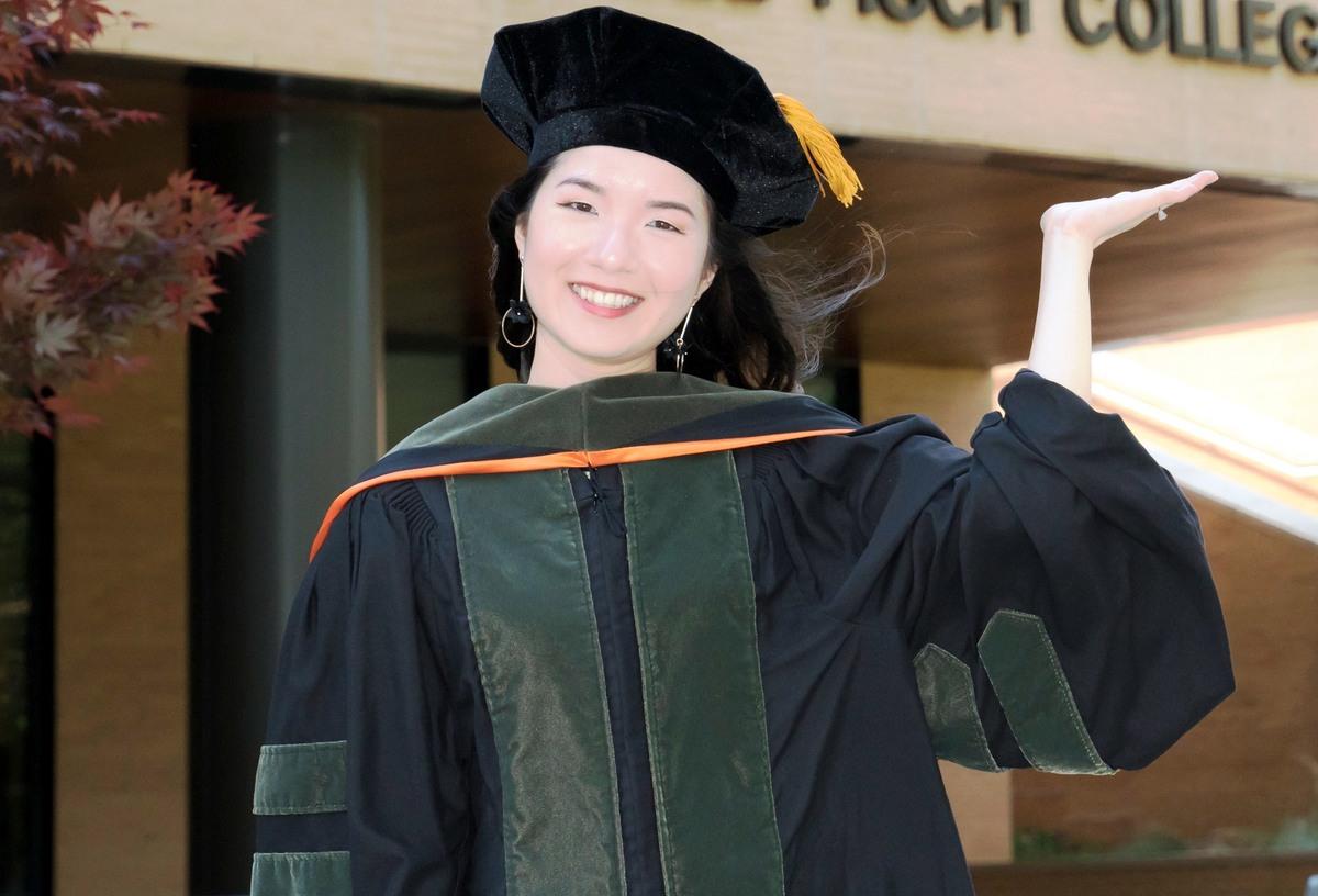 Cô gái Quy Nhơn tốt nghiệp khủ khoa ở đại học Mỹ