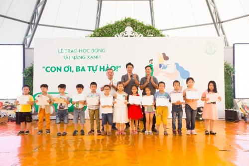 Chương trình trao học bổng Tài năng xanhtại Khánh Hoà.