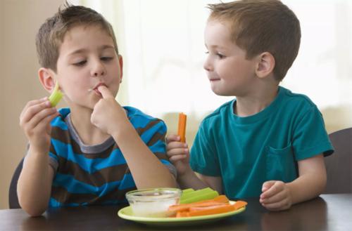 Chín cách giúp trẻ hết lười ăn rau - VnExpress