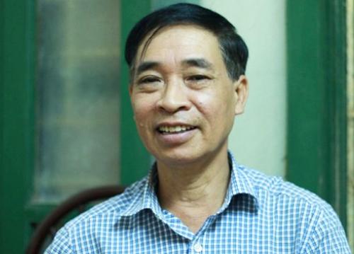 Phó giáo sư Phạm Văn Tình, tổng thư ký Hội Ngôn ngữ học Việt Nam. Ảnh: Viết Tuân.