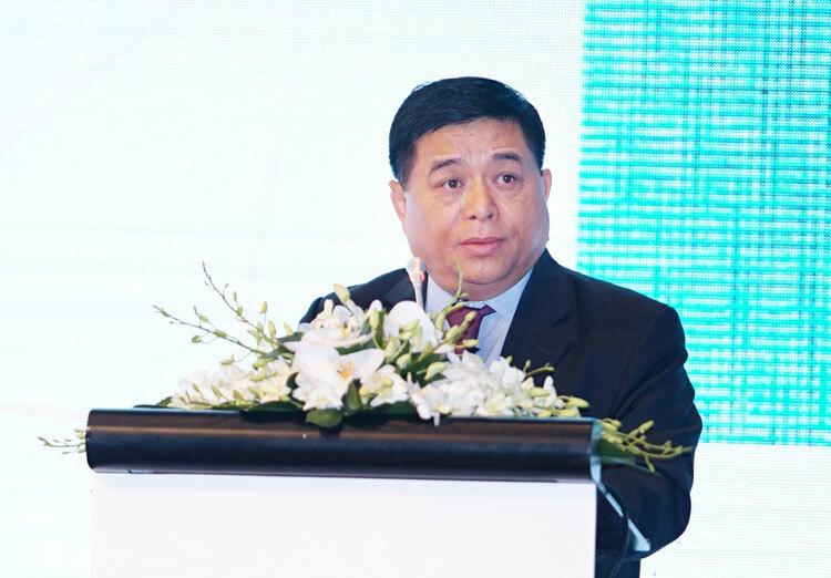 Ông Nguyễn Chí Dũng phát biểu tại hội nghị. Ảnh: Hán Hiển.