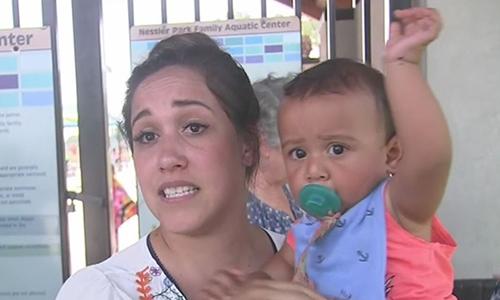 Misty Daugereaux và con trai 10 tháng tuổi. Ảnh: Fox4news