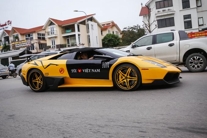 Dàn siêu xe trăm tỷ của đại gia Việt hội tụ tại Hà Nội