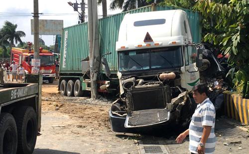 Tài xế container tông chết 5 người khai ngủ gật - ảnh 1