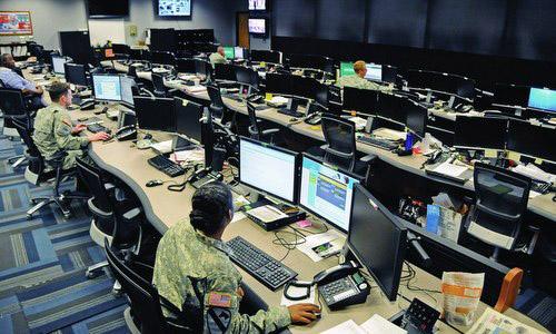 Một trung tâm hoạt động của Bộ tư lệnh Không gian mạng Mỹ. Ảnh: BQP Mỹ.