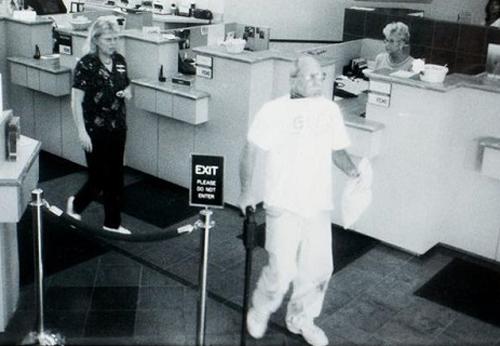 Bí ẩn vụ cướp ngân hàng, nổ bom thủ tiêu đồng phạm tại Mỹ - ảnh 1