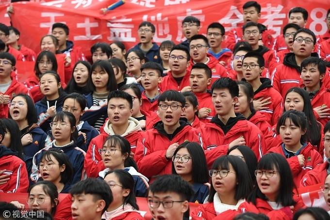 Anh em sinh đôi đạt điểm thi đại học tốp đầu Trung Quốc