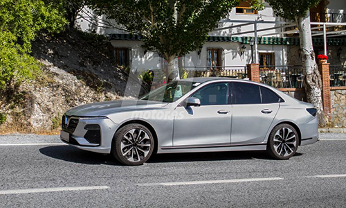 Lux A2.0 chạy thử tại Tây Ban Nha. Ảnh: Motor.es