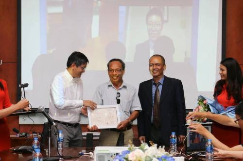 Đại học trực tuyến FUNiX trao bằng tốt nghiệp cho sinh viên đầu tiên
