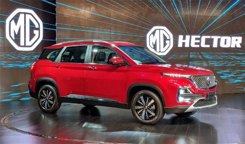 MG Hector - mẫu SUV mới của thương hiệu thuộc sở hữu tập đoàn ôtô Thượng Hải (SAIC) vừa ra mắt ở Ấn Độ.