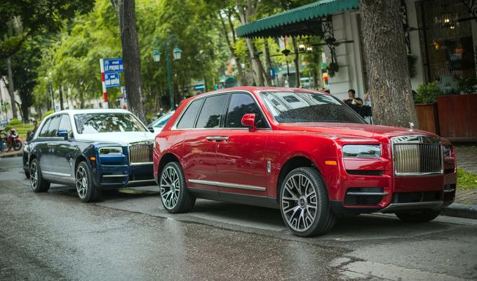 Những chiếc Rolls-Royce đặc biệt trên phố Hà Nội