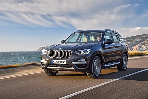 xDrive là niềm tự hào trên những chiếc xe dẫn động bốn bánh của BMW.