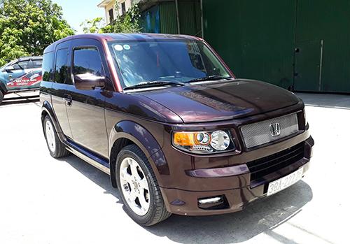 Honda Element đời 2007 rao bán tại Việt Nam.