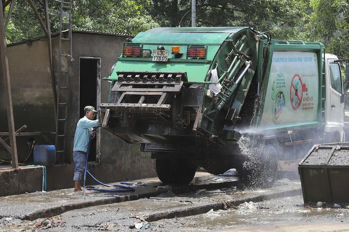 Đà Nẵng điều cảnh sát bảo vệ các xe chở rác