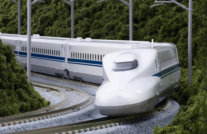 GS Lã Ngọc Khuê: Đầu tư tàu cao tốc 350km/h là gánh nặng cho nền kinh tế - 1