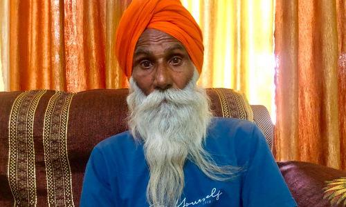 Ông nội Gurmeet của bé Gurupreet. Ảnh: CNN.