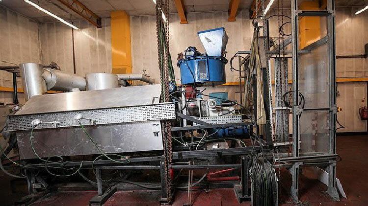 Một phần hệ thống biến đổi rác nhựa thành năng lượng. Ảnh: Mercury Press.