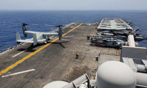Tàu đổ bộ Mỹ đóng vai trò căn cứ tiền phương nếu xung đột với Iran nổ ra - ảnh 1