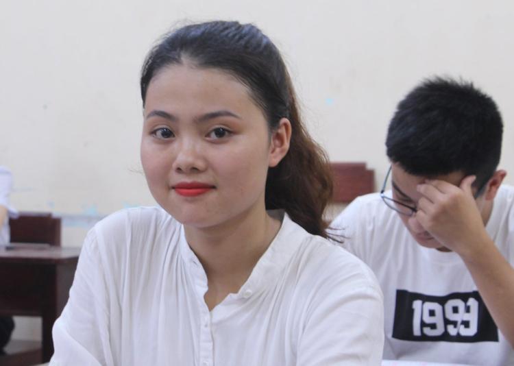 Thí sinh thi THPT quốc gia ở Thừa Thiên Huế. Ảnh: Võ Thạnh