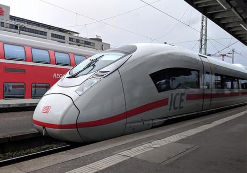 Tàu tốc độ cao ở Đức.