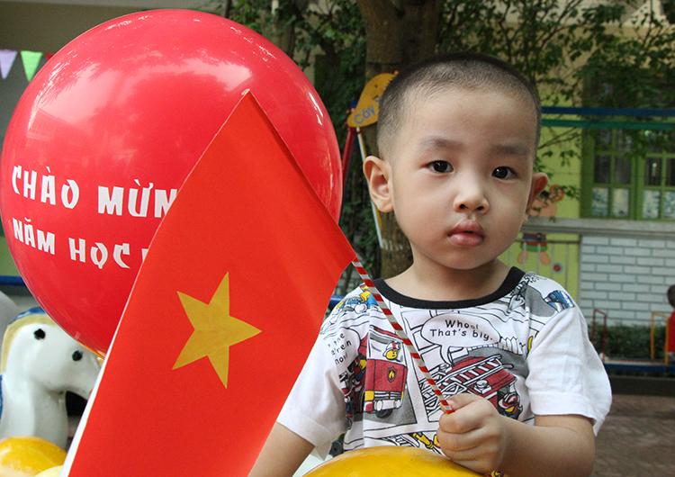 Học sinh mầm non thành phố Vinh chuẩn bị lên lớp 1. Ảnh: Nguyễn Hải.