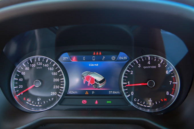 VinFast Lux SA2.0 - 'người anh em' của BMW X5 tại Việt Nam