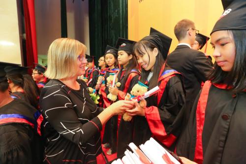 Các chứng chỉ Anh ngữ quốc tế là nền tảng để các em nắm bắt nhiều cơ hội học tập tốt.