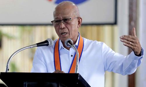 Bộ trưởng Philippines lên án hành vi bắt nạt của Trung Quốc ở Biển Đông - ảnh 1