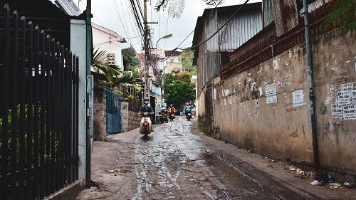 Ngõ, hẻm là một nét đặc trưng khi lưu thông ở Việt Nam