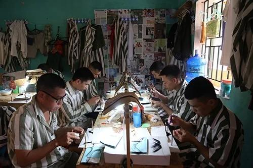 Phạm nhân lao động tại trại giam Ngọc Lý (Bắc Giang). Ảnh:Phạm Dự.