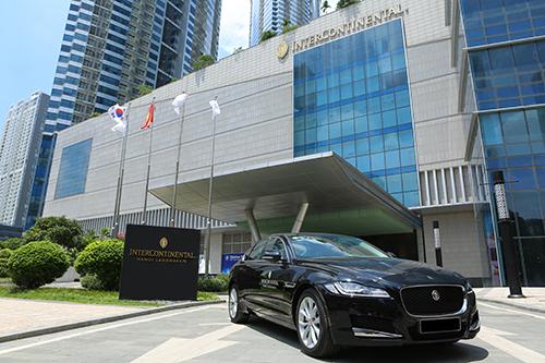 Jaguar XF là mẫu xe mang những đặc trưng của thương hiệu báo gấm Anh quốc.