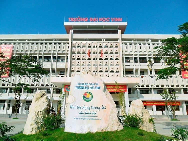 Trường Đại học Vinh (Nghệ An). Ảnh:alexlongmc, Phạm Hồng Long