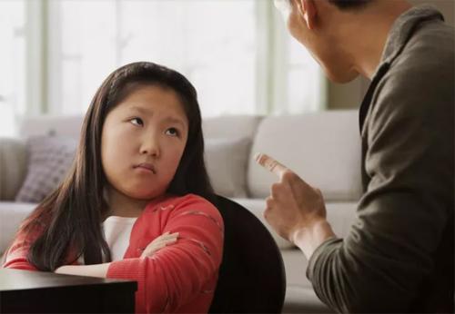 Bố mẹ phải làm gì khi phát hiện trẻ trộm tiền? - ảnh 1