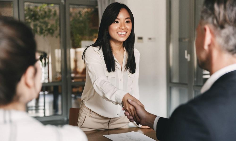 Nhân tài như lá mùa thu, doanh nghiệp tuyển dụng thế nào? - ảnh 1