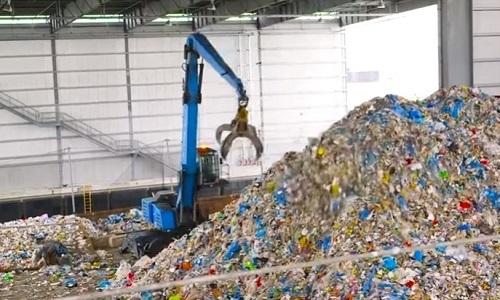 Công ty Canada biến rác thải nhựa thành sản phẩm tái sử dụng - VnExpress
