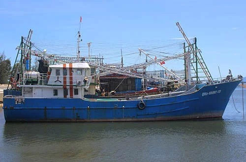 Ngư dân vỡ nợ vì tàu vỏ thép - ảnh 3