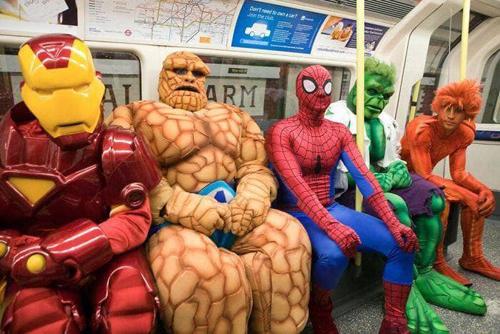 Biêt đội siêu anh hùng.
