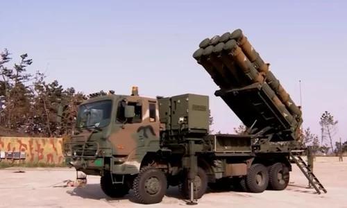 Hàn Quốc tăng ngân sách quốc phòng đối phó tên lửa Triều Tiên - ảnh 1