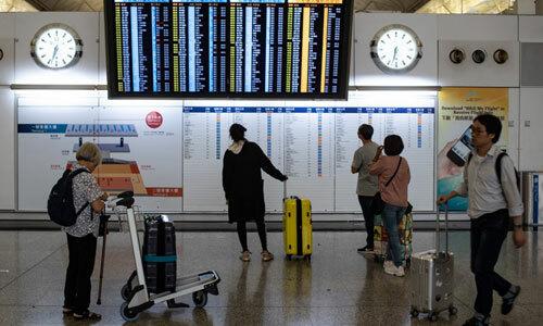 Sân bay Hong Kong hoạt động trở lại - ảnh 1