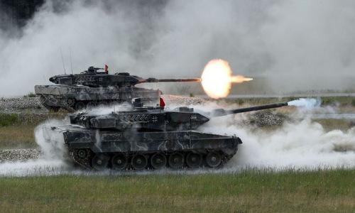 Xe tăng Leopard 2A6 Đức khai hỏa tại SETC 2018. Ảnh: US Army.