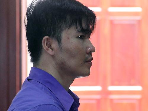 Kẻ giết cô giáo ở Sài Gòn ngất xỉu khi lĩnh án - ảnh 1