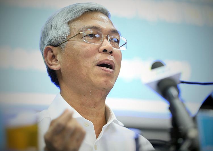 Phó chủ tịch UBND Võ Văn Hoan chủ trì cuộc họp. Ảnh: Hữu Khoa.