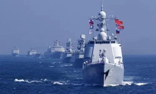 Tàu chiến Trung Quốc diễn tập trên Biển Đông hồi năm 2016. Ảnh: Xinhua.