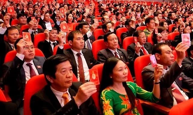Các đại biểu tại phiên họp trù bị Đại hội lần thứ XVI Đảng bộ TP Hà Nội, tháng 10/2015. Ảnh: CTV