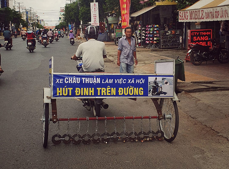 Xe hút đinh ở Long Xuyên. Ảnh: Facebook/Dạo quanh Long Xuyên