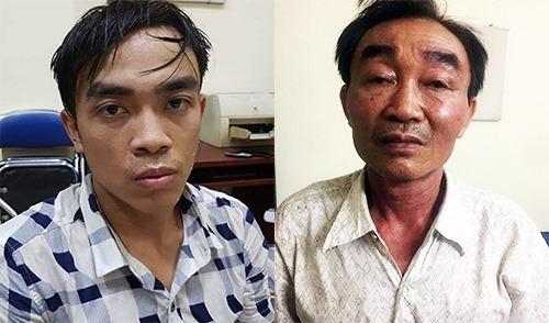 Thành (trái) và Khanh tại cơ quan điều tra. Ảnh:Sơn Hoà.