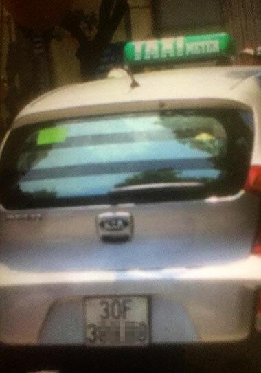 Tài xế taxi thu khách Tây 800.000 đồng cho chuyến xe 2 km - ảnh 1