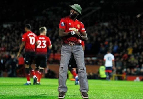 Pogba nhận mưa ảnh chế sau trận đấu.