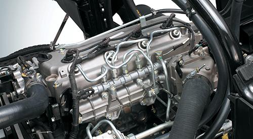 Xe được trang bị động cơ Mitsubishi với hệ thống phun nhiên liệu điều khiển điện tử CRD-i hứa hẹn vận hành mạnh mẽ, tiết kiệm nhiên liệu và thân thiện với môi trường.