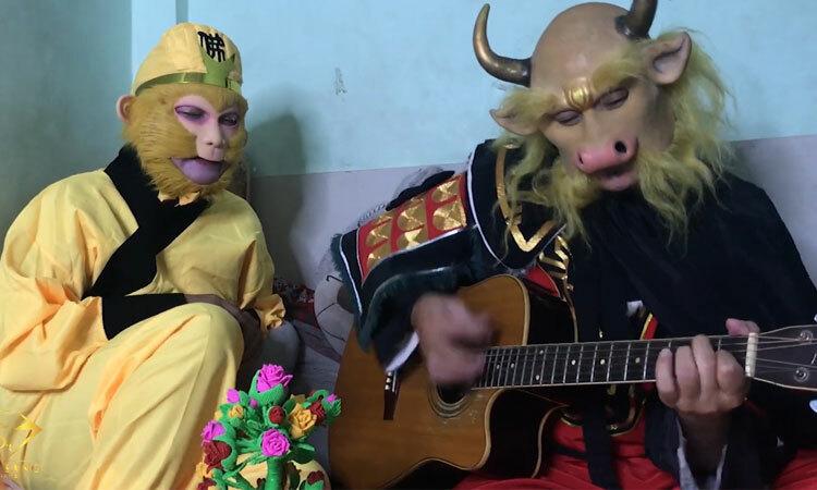 Tôn Ngộ Không hát nhạc chế cùng Ngưu Ma Vương -